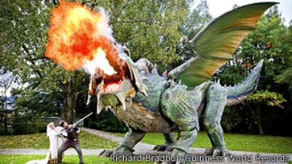 El dragón alemán batió el récord como el robot que camina de mayor tamaño en el mundo.