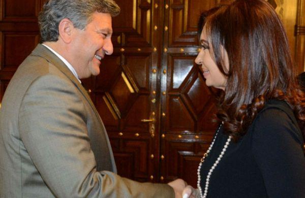 La presidenta recibió al CEO Regional de Toyota, Steve Angelo. Foto: DyN