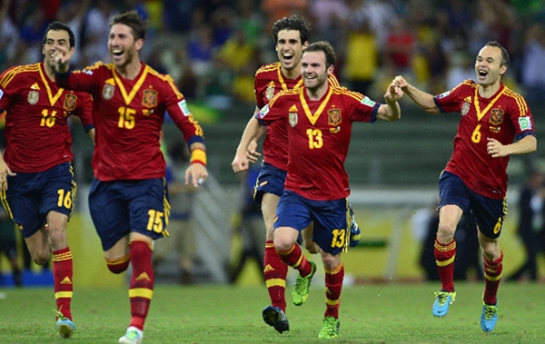 Espana clasificado Brasil
