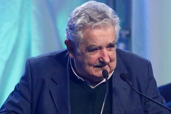 Mujica press