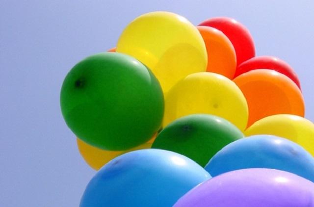 El helio en un viaje del globo al disco rgido la 97 radio el helio en la tabla peridica de elementos representado con el smbolo he y clebre por dar vida a los globos de los nios es el segundo elemento ms urtaz Choice Image