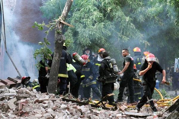 derrumbe barracas bomberos