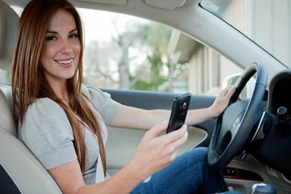 coche-mujer
