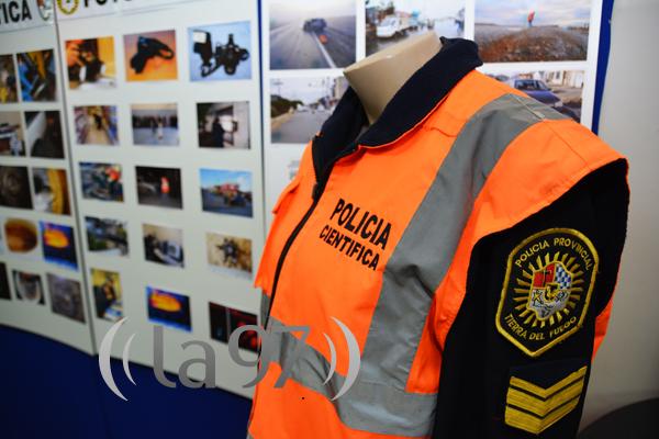 muestra_policia